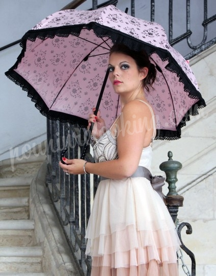 Shooting   - Séance Photo en Parapluie - Charline - La Rochellle -  ans -