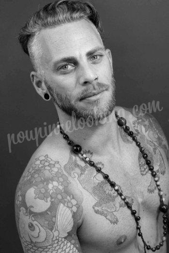 Séance photos homme tatoué sur La Rochelle - Manu