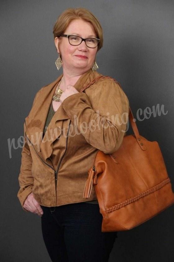 Relooking Complet avec accompagnement Boutiques sur Laval - Françoise - 55 ans