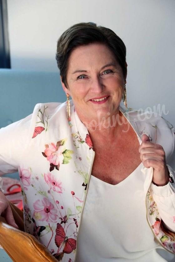 Relooking complet Angers : le changement de Christine à 56 ans !