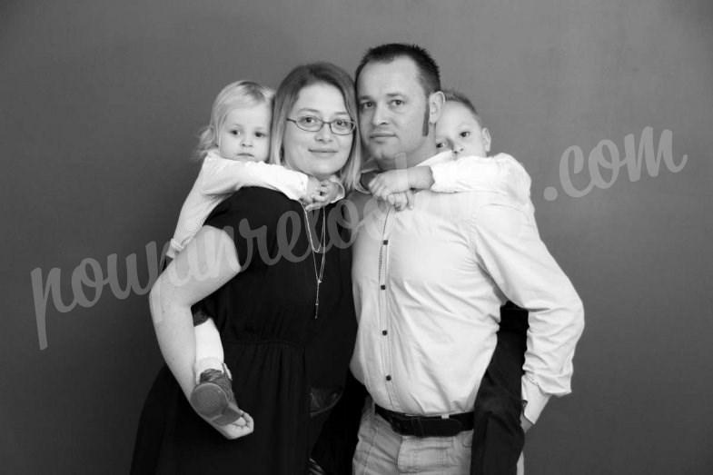 Séance photo en famille pour Noël - La Rochelle - François Marion Quentin & Elsa