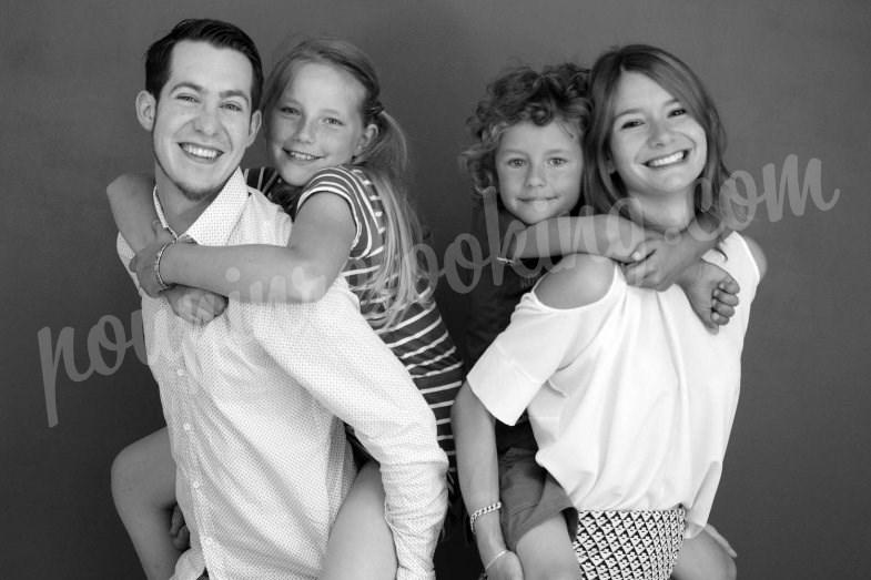 Séance photo en famille sur La Rochelle - Kelly & Romain