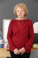 Relooking  Visage - À 70 ans, Pierrette se fait relooker - 70 ans - Paris